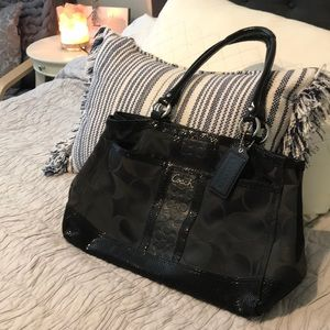 Coach Signature Black Tote- Great condition!!!